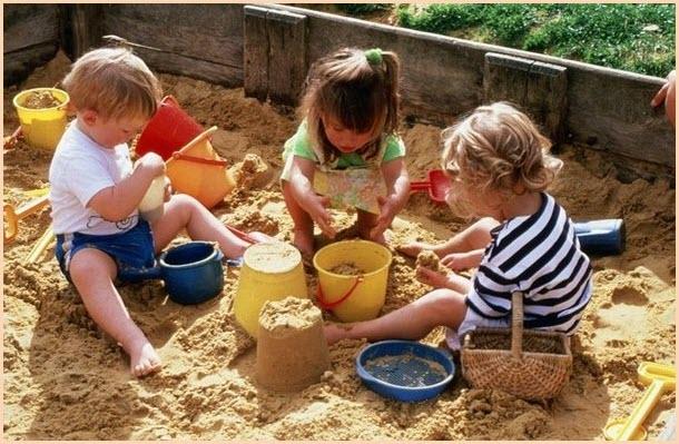 Фото детей в песочнице