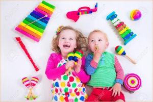Детишки любят музыку