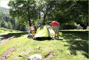 Отдых в палатке на природе