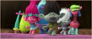 Тролли из мультфильма на встрече