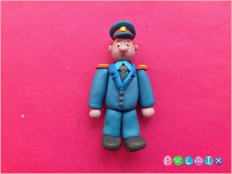 полицейский из пластилина