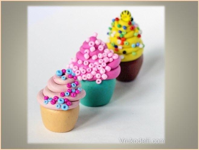 пирожные из пластилина 3