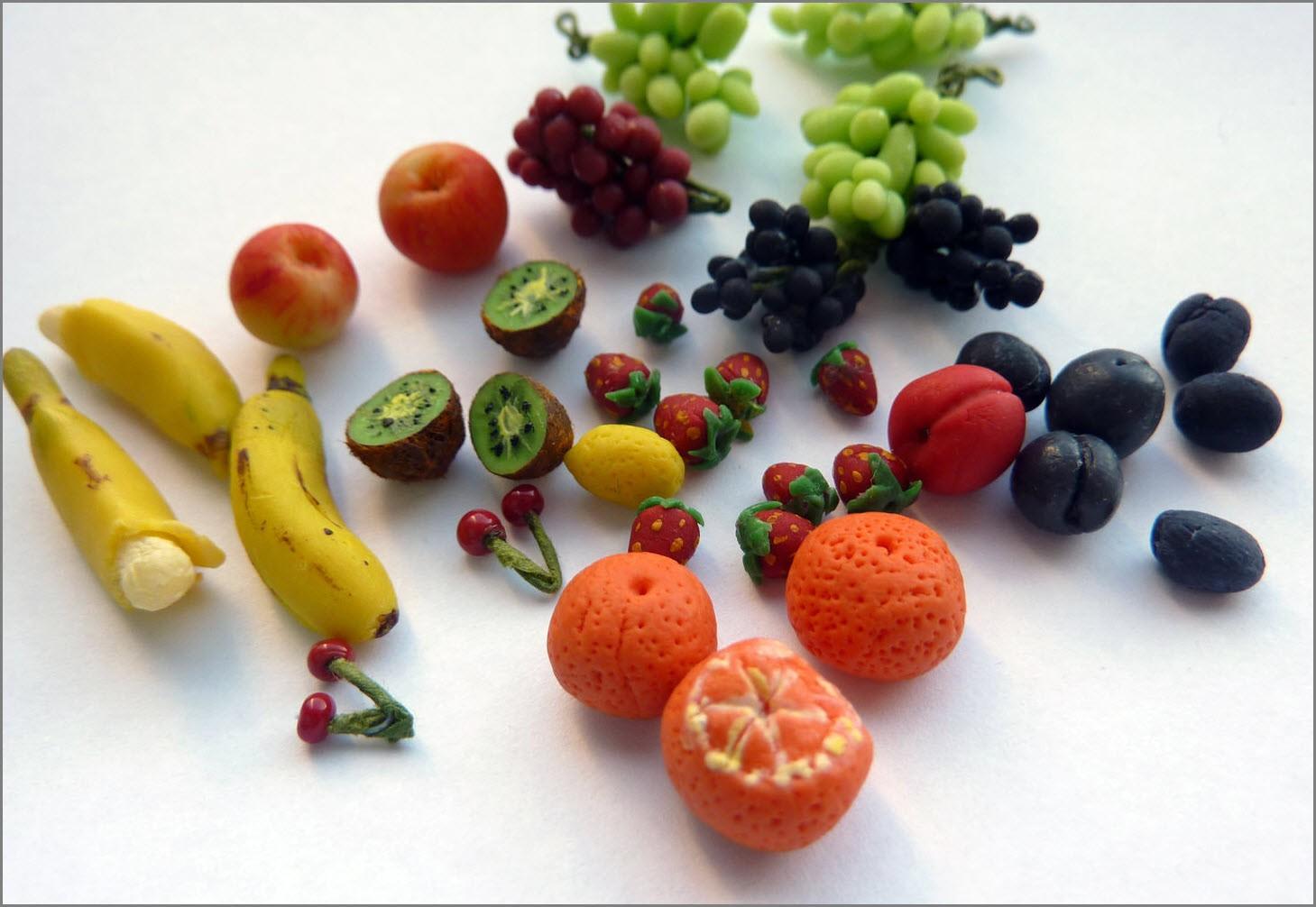 фрукты из пластилина 2