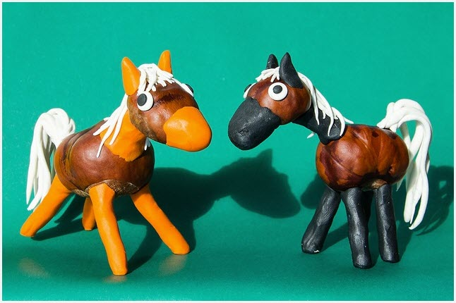 Лошади из пластилина