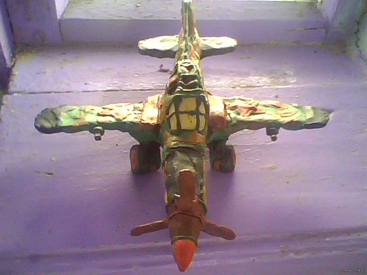 самолёт из пластилина 13