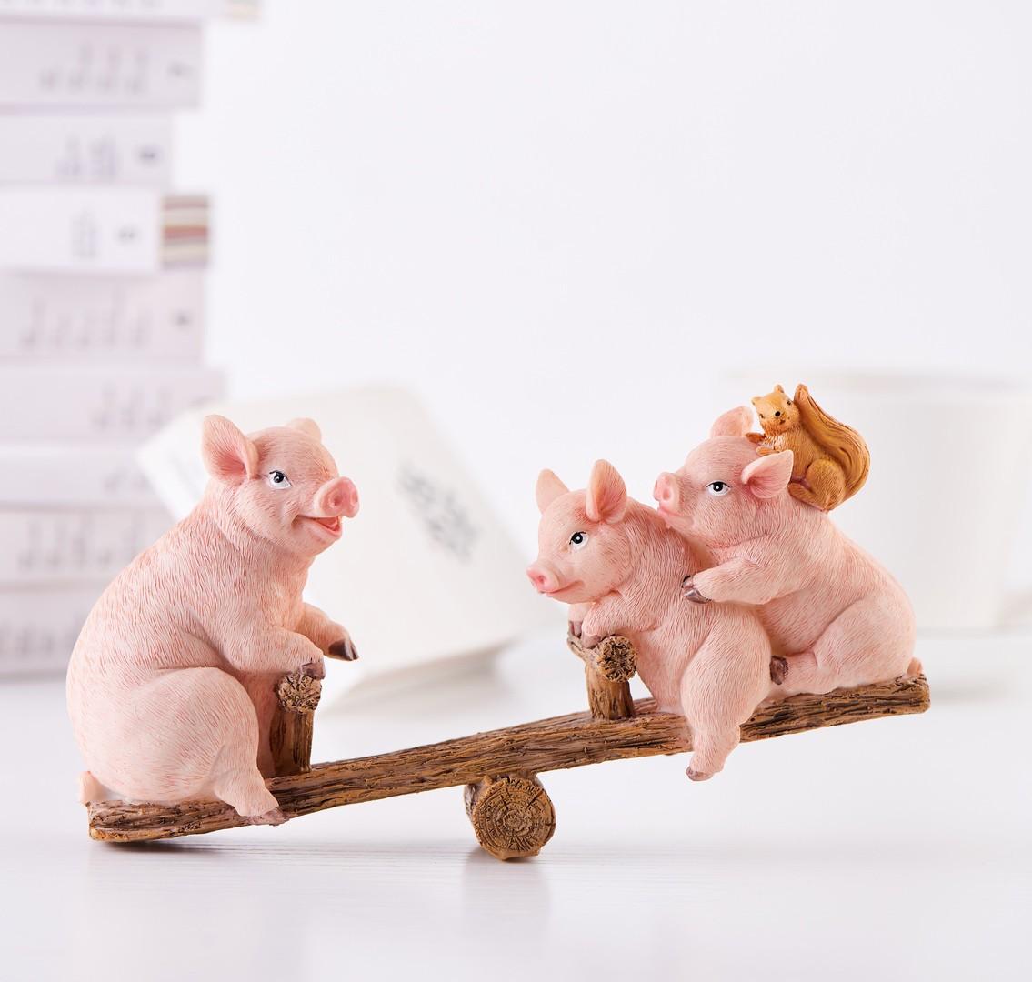 Игрушечные свинки
