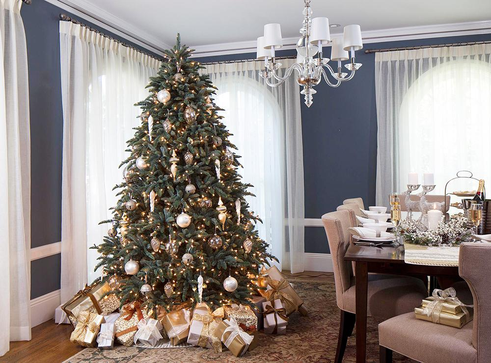 новогодняя ёлка в квартире