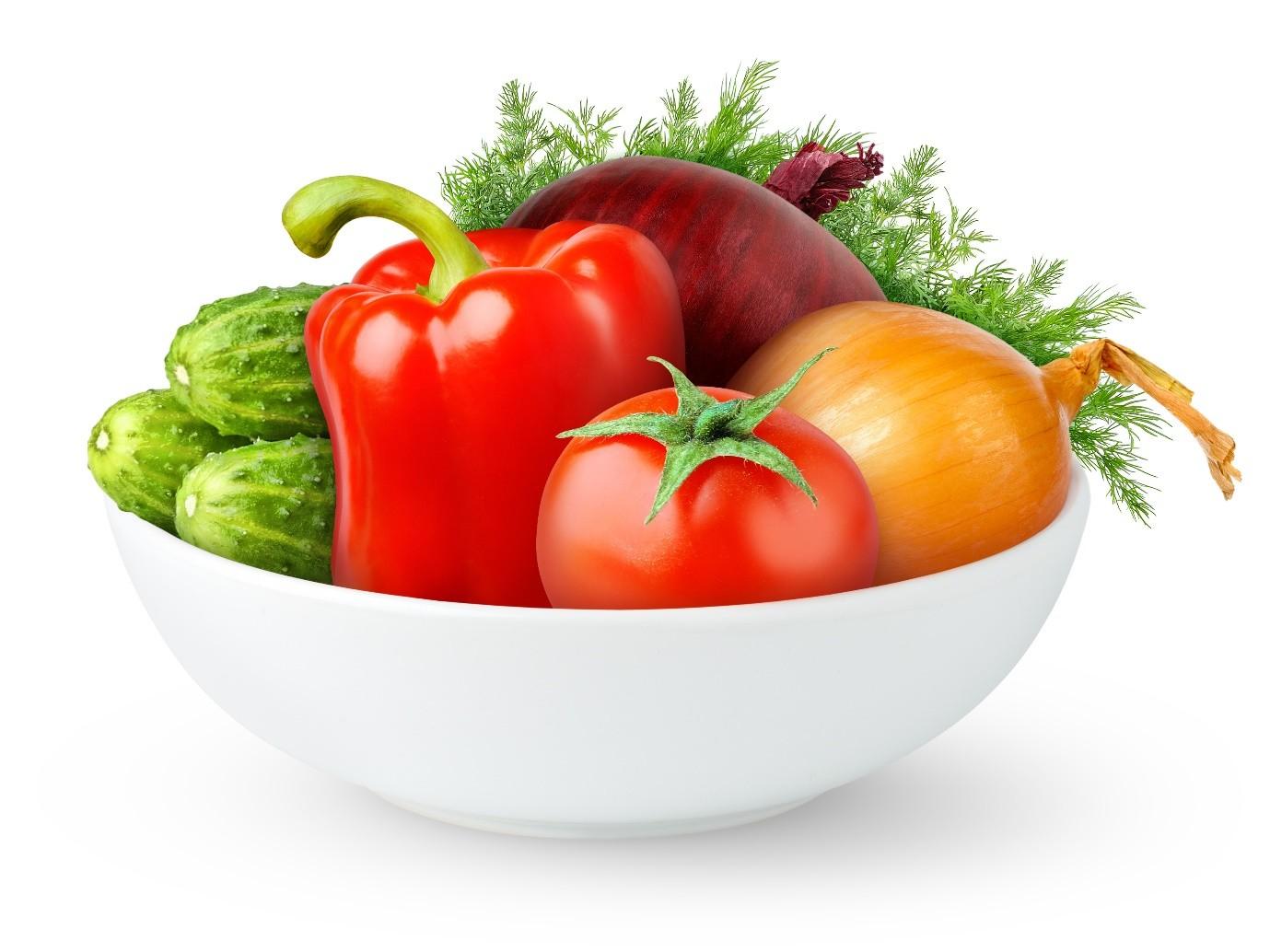 овощи на тарелке фото
