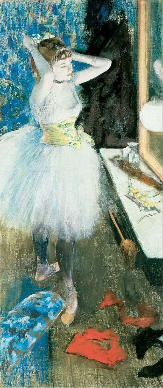 Танцовщица в своей гримёрной