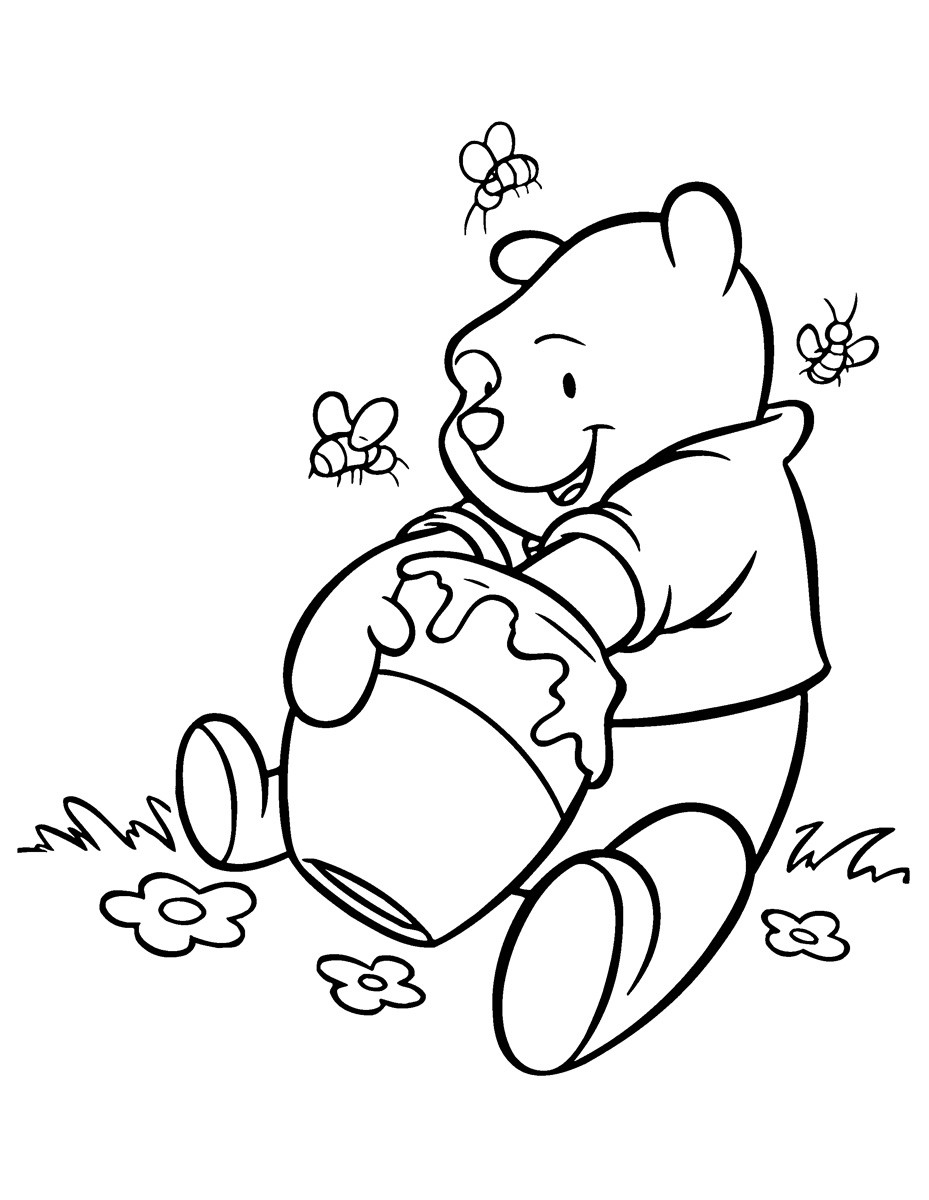 медвежонок ест мёд 6