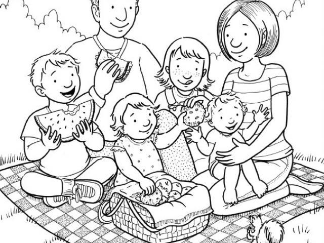 Семья на пикнике 17