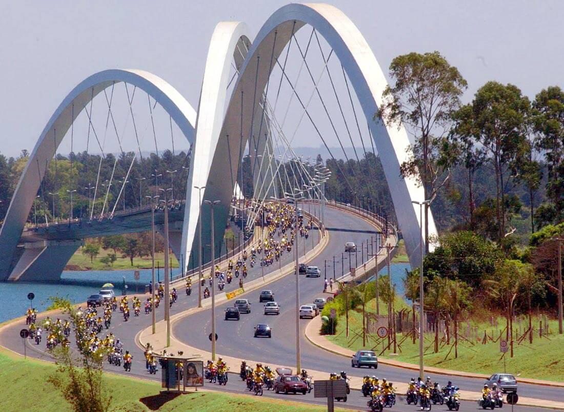 Мост Жуселину