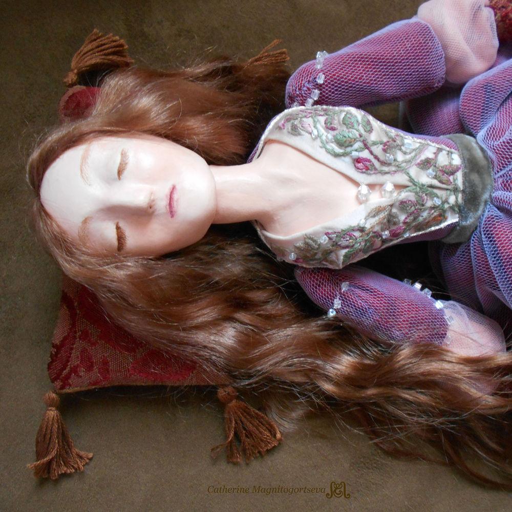 Кукла Спящая Красавица